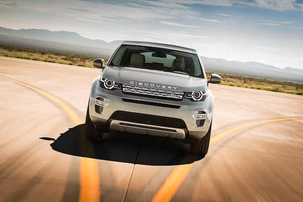 Land Rover Discovery Sport kansi