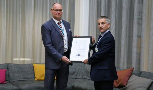 Carunalle myönnettiin ISO 55001 -sertifikaatti tunnustuksena laadukkaasta sähköverkon hallinnasta