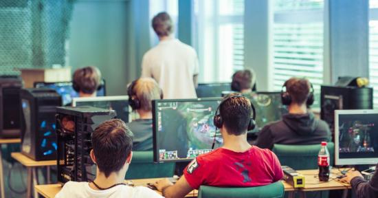 e-sport-computer-gaming-classroom.jpg