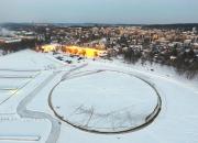 Maailmanennätys takaisin Suomeen - Janne Käpylehto sahasi Lohjalle 120 metrisen jääkarusellin