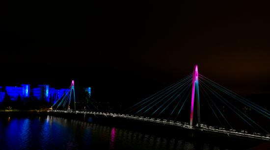 jyvaskylan-yliston-silta-sai-uuden-pysyvan-dynaamisen-valaistuksen-valon-kaupunki-tapahtumassa.-kuvaaja-rami-saarikorpi.jpg