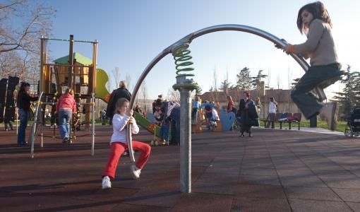 Leikkipuistoihin lisää turvallisuutta osallistamalla