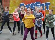 Poro ja aurinko -elokuva tekee tutuksi Rovaniemen taiteen perusopetusta ja Lapin kahdeksan vuodenaikaa