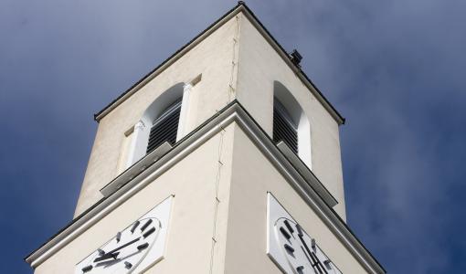 Turun Martinkirkon kellotorniin pääsee lauantaina