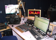 Oma radio-ohjelma tuo näkyvyyttä ja kuuluvuutta
