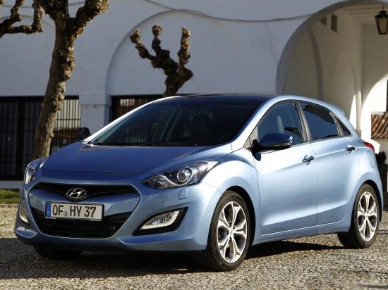 Hyundai_i30_etuviisto.jpg