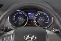 ix35-fuel-cell_dashboard.jpg