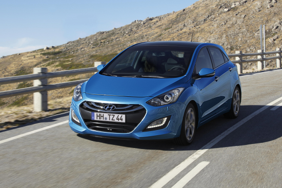 1315390589-i30_driving_front.jpg