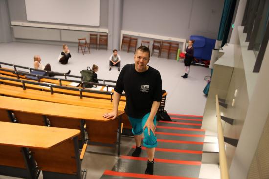 jari-karttunen-on-toiminut-keskuspuiston-ammattiopiston-tanssialan-erityisopettajana-vuodesta-2004.jpg