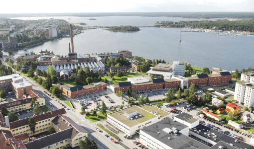 Liikesivistysrahasto myönsi apurahoja Vaasan yliopiston tutkijoille