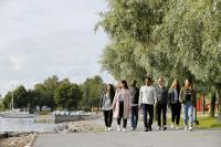 kuvituskuva-2-vaasan-yliopiston-opiskelijoita.-kuvaaja-mikko-kakela..jpg