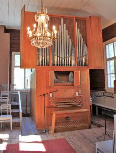 haapajarven-kirkon-uruille-ja-muulle-historiallisesti-arvokkaalle-esineistolle-tasainen-sisalampotila-on-tarkeaa..jpg