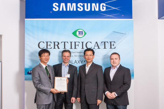 tco-certified-ceremony-sang-ho-jo-samsung-and-so-cc-88ren-enholm-tco-development.jpg