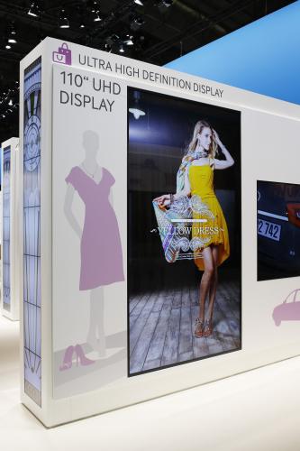 110-uhd-display-2-hires.jpg