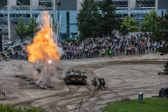 puolustusvoimat100_taistelunaytos_1.jpg