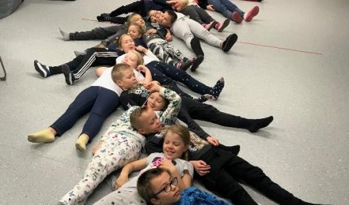 Musiikin opiskelu auttaa oppimisvaikeuksissa – musiikkiluokkatoimintaa Kankaanpäässä jo 20 vuotta