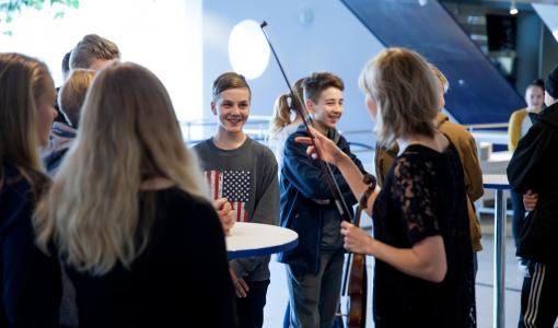 Taidetestaajien uudet kulttuurikohteet valittu – taidevierailuille pääsee 60 000 nuorta