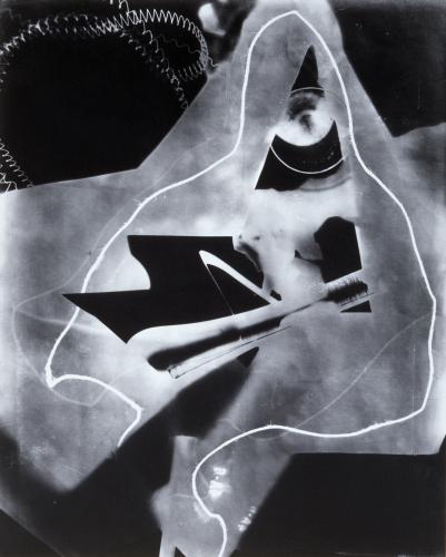 man-ray_rayogram_1923_credit-moderna-museet-stockholm.jpg