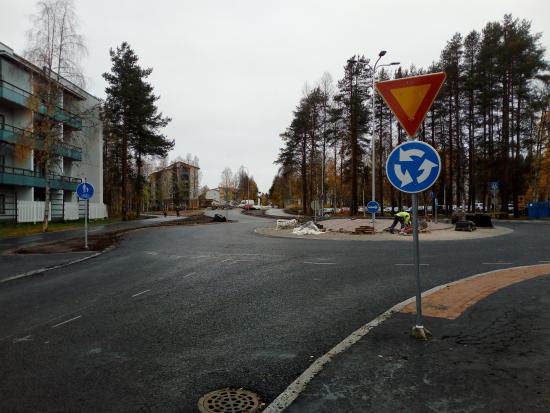valokuva_yliopistonkadun-kiertoliittymat.jpg