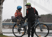 Pyöräily jatkuu, kunhan väylät pidetään kunnossa: 20.–26.11. vietetään valtakunnallista Pyöräilytalvi-viikkoa