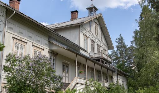 Siitamalaista pizzaa ja pihagolfia − Oriveden Vanhat talot ja pihat avautuu tänä vuonna yleisölle myös paikan päällä