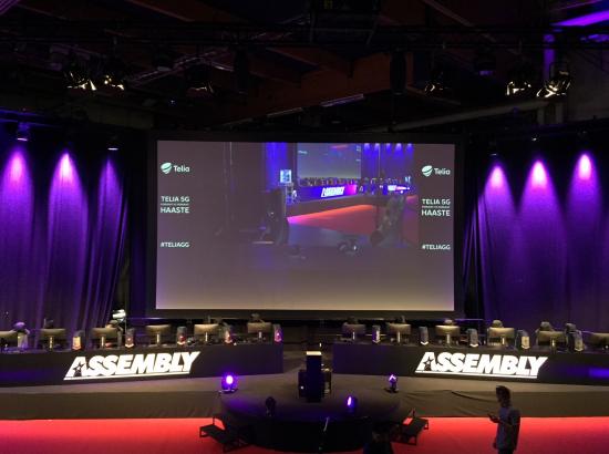 assy2018_stage.jpg