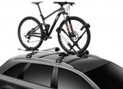Uusi pyöräteline, jolla kiinnität pyörän kuin pyörän näppärästi auton katolle