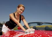 Kesäloman ykköstuotteet autonhoitoon