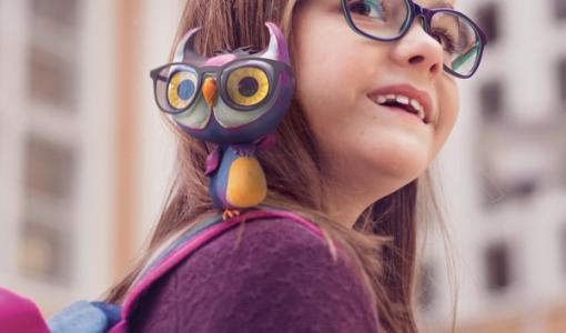 Silmäasema lahjoittaa jälleen ilmaiset silmälasit ekaluokkalaisille – jo lähes 3 600 koululaista saanut apua parempaan näkemiseen