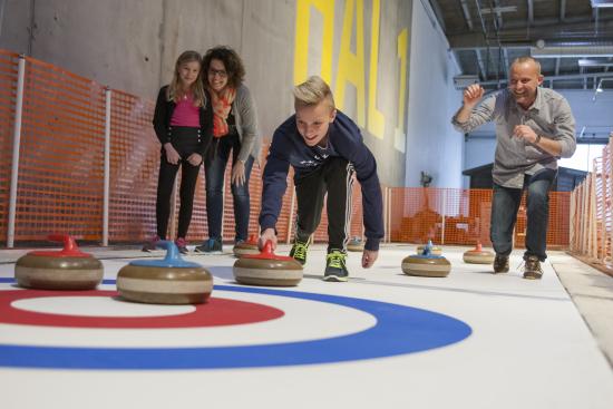 suksi-heurekaan_curling.jpg