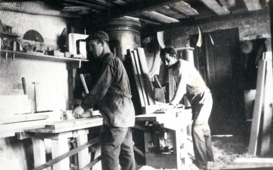 iskun-alkuvaiheita-vuonna-1928.jpg
