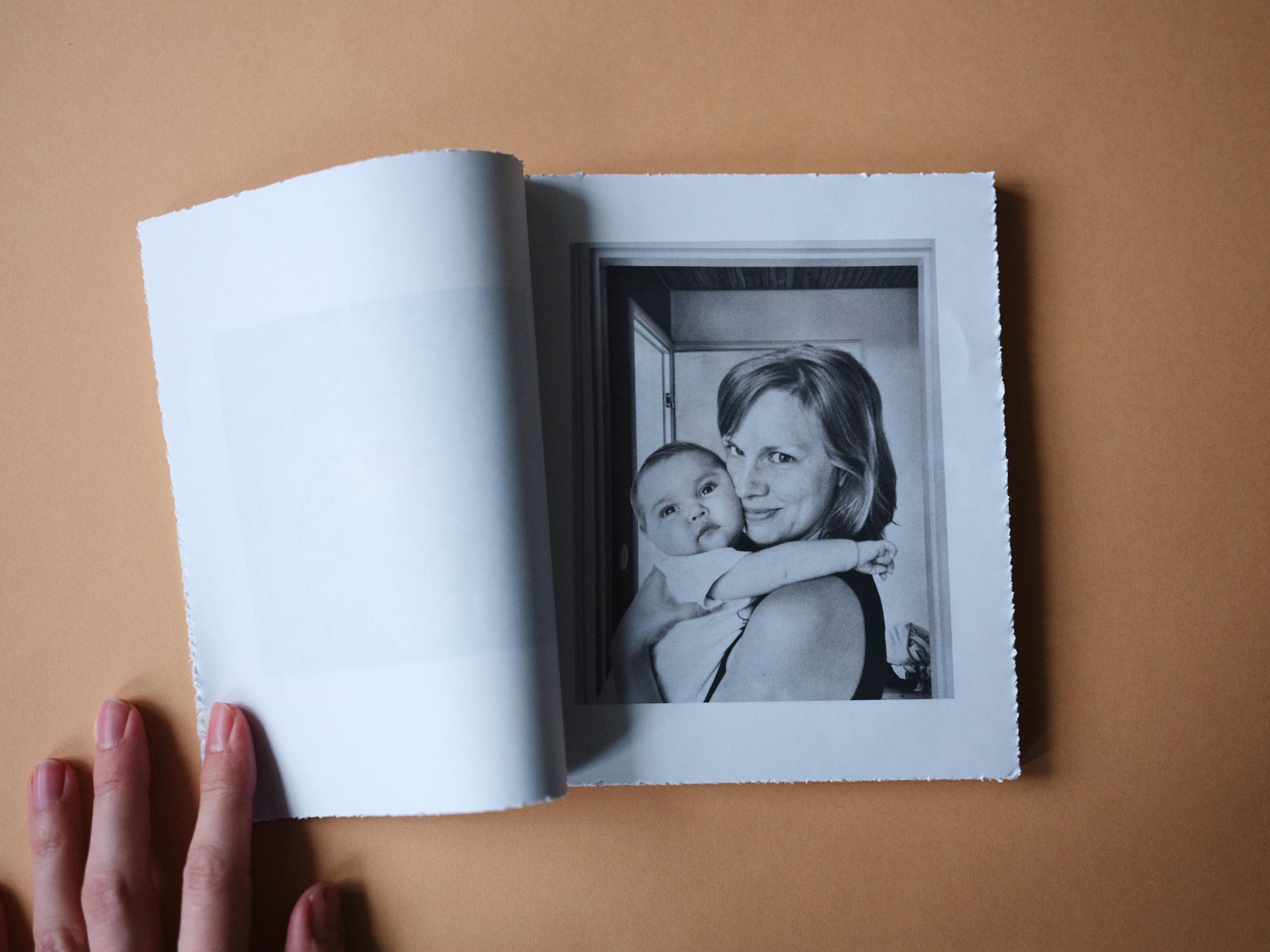 Vuoden valokuvataidekirja 2019 on Johannes Romppasen Lilja - ePressi