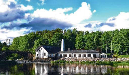 Tapahtumaravintola Kuninkaan Lohet ui luonnon ehdoilla