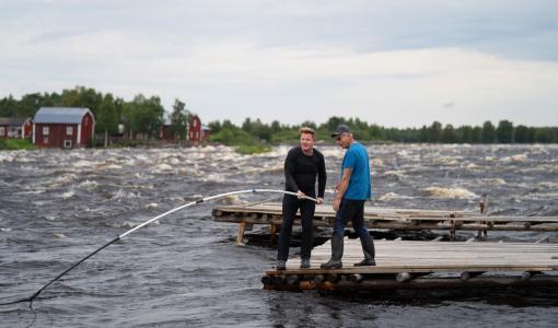 Gordon Ramsayn makuseikkailut -sarjan kolmas kausi tuo räiskyvän huippukokin Suomeen!
