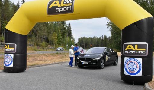 Jaguar I-PACE täyssähköauto taloudellisuusajon Pohjois-Euroopan mestaruuteen