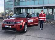 Land Rover liikuttaa Punaisen Ristin vapaaehtoisia koronaoperaatiossa