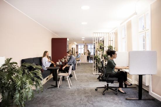 uma-workspace.jpg