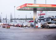 Kärkkäisen polttoainetarjous sai autoilijat liikkeelle