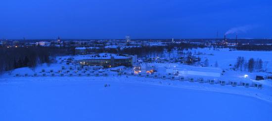 lumilinna-alue-merelta-pain-kuva-ilmari-maenpaa.jpg