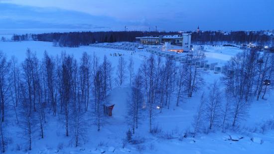lumilinna-alueen-dome-hall-kuva-ilmari-maenpaa.jpg