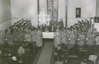 lottalupaus-hyvinkaan-kirkossa-vuonna-1941.jpg