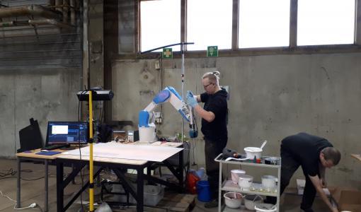 Kiertotalouden materiaaleista 3d-tulostamalla valmistettavaa meluestettä esitellään asukastilaisuudessa Pontuksen koululla