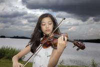 kurssilainen-viulisti-hannah-tam-hongkongista-kuvaaja-stefan-bremer.jpg