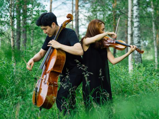soo-hyun-park-viulu-ja-hyoung-joon-jo-sello-kuvaaja-juuso-westerlund.jpg