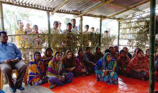 Ruokaturvahanke vahvistaa naisten ihmisoikeuksia Bangladeshin maaseudulla