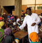 2-rauhannobelisti-dr.-denis-mukwege.jpg