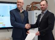 Hesatek Oy ja Teamtech Oy solmivat yrityskaupan, josta rakentuu täysin uudenlainen palvelukonsepti lämpöpumppualalle