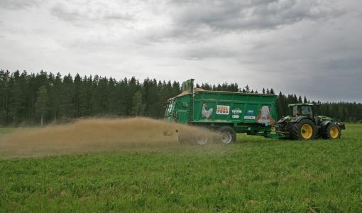 Soilfood torjuu ilmastonmuutosta sitomalla hiiltä peltoihin