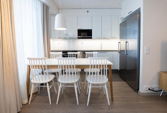 hotel-mattsin-huoneistoissa-on-kattava-varustelu-jotta-myos-pidempiaikainen-majoittuminen-on-kodinomaista-ja-vaivatonta..jpg