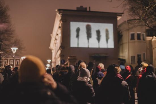 tamperefilmfestival_a_wall_is_a_screen_paavopyka-cc-88la-cc-88inen2.jpg